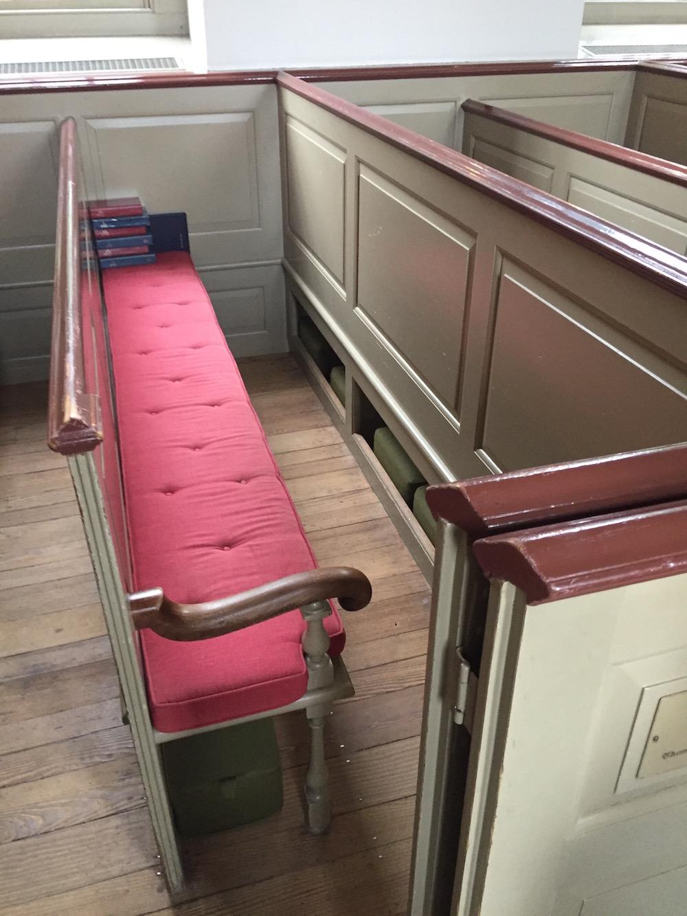 ludwell family pew bruton parish church