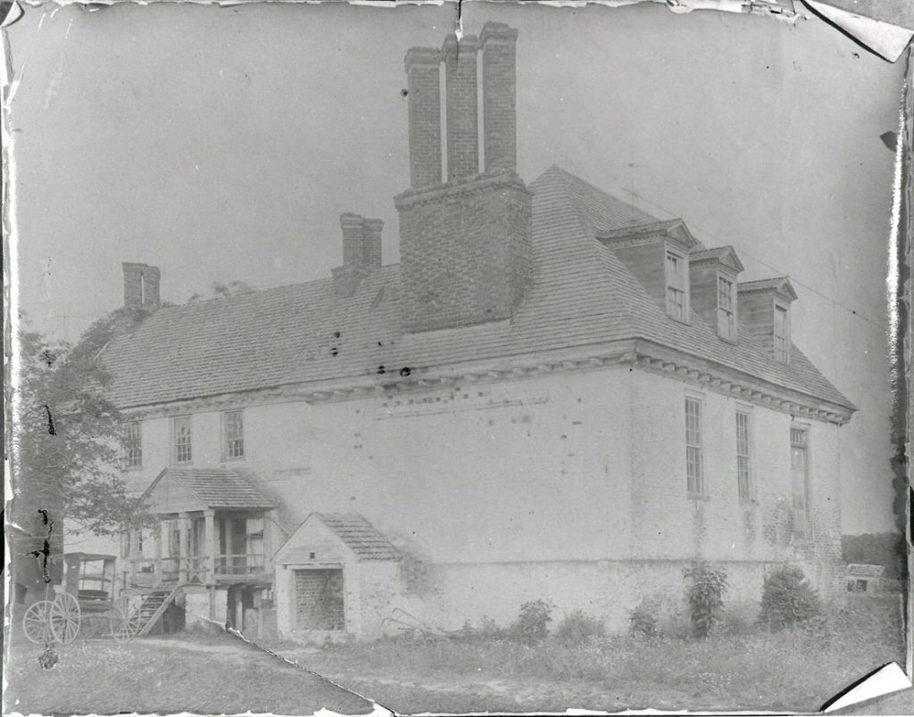 Pre-1897 photograph of Fairfield Plantation mansion